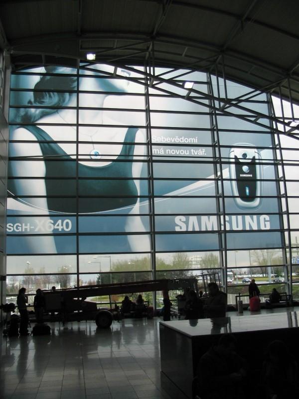Montáž reklamy - Letiště
